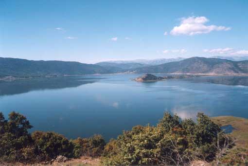 Αποτέλεσμα εικόνας για Λίμνη Μεγάλη Πρέσπα